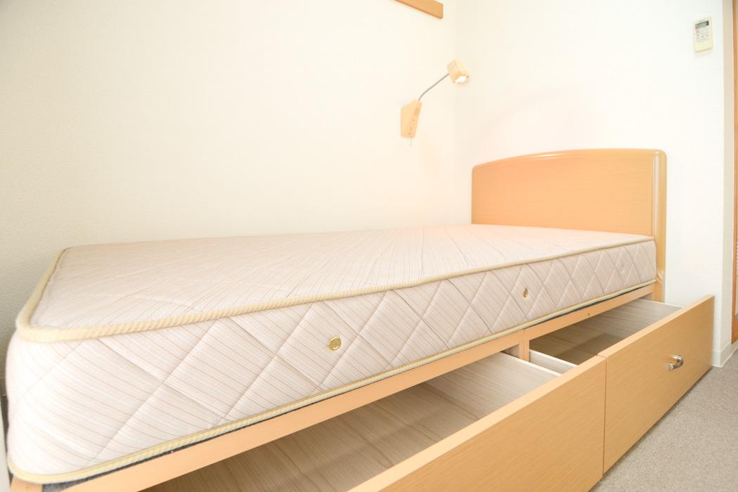 西川製のシングルベッド